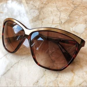 7 For All Mankind brown and gold sunnies 😎
